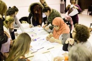 Ascoltare la voce delle giovani donne